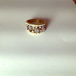 Jewelry - Gold Ring white/Gray with  Stones